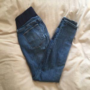 Gap maternity skinny jeans